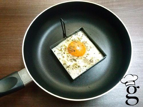 huevos_planos_cuadrados_menajeando_glutoniana_2